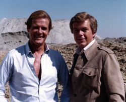 """On Location with """"007"""" In France"""